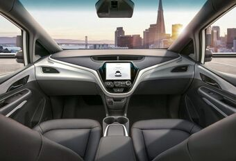 General Motors test autonome auto zonder stuur op de openbare weg #1