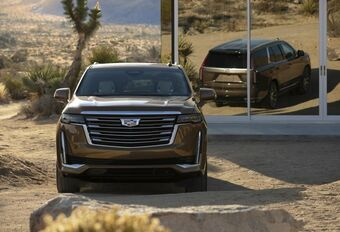 Cadillac Escalade : démesure américaine #1