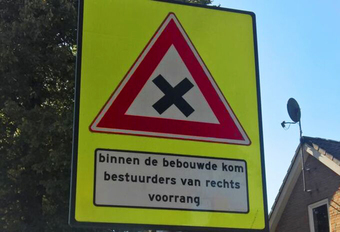 Belg kent voorrangsregels niet, veroorzaakt 13 ongevallen per dag #1