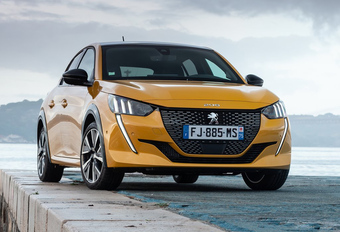 Peugeot 208 is de Auto van het Jaar 2020 #1