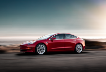 Tesla Model 3 Track Pack heeft zin in het circuit #1
