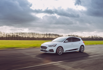 Ford Focus ST krijgt 330 pk via een app #1