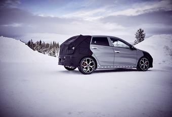 Test de la Hyundai i20 N dans la neige avec Thierry Neuville #1