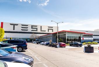 Tesla: machtsspel voor de heropening #1