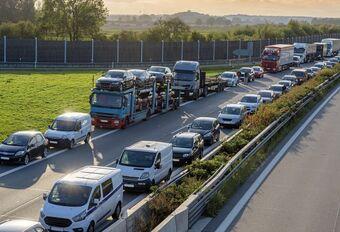 Le « couloir de secours » bientôt obligatoire dans les embouteillages #1