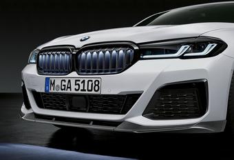 BMW 5 Reeks M Performance Parts krijgt verlichte grille van X6 #1
