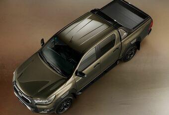 Facelift Toyota Hilux wordt Invincible #1