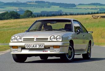 Opel Manta blaast 50 kaarsjes uit #1