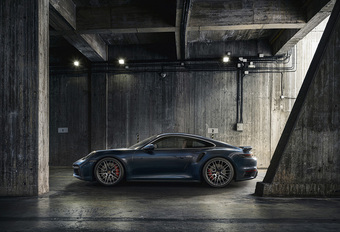 Porsche 911 Turbo verliest S #1