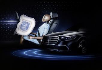 Mercedes Classe S : des airbags pour les passagers arrière  #1
