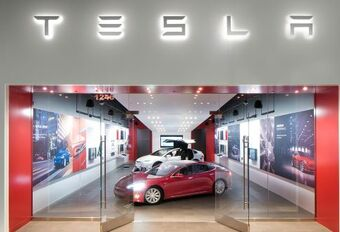 Tesla-aandeel wordt gesplitst #1