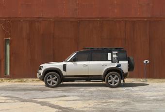 Land Rover Defender nu ook als plug-inhybride P400e #1