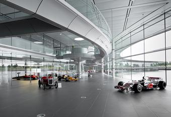 216 miljoen te veel? Koop eens het McLaren HQ! #1