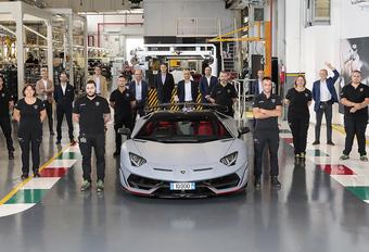Lamborghini Aventador: 10.000 exemplaren #1
