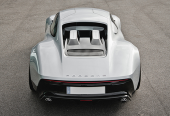 Porsche Unseen: 904 Living Legend (2013) #1