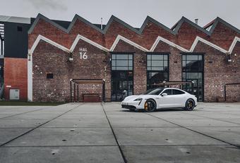 Kwart van Porsche-werknemers moet heroriënteren #1