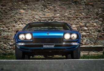 Lamborghini Jarama blaast 50 kaarsjes uit #1