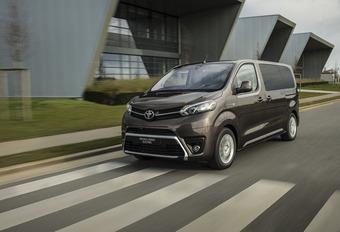 Toyota électrifie le ProAce Verso #1