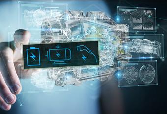 Mercedes en Volvo werken samen aan hybride benzinemotor #1