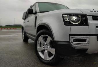Land Rover Defender gekozen als AutoWereld Auto van het Jaar 2020 #1