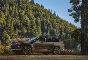 Nouveau Jeep Grand Cherokee : disponible avec 7 places #1