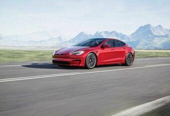 Futuristisch stuur en 1.100 pk voor facelift Tesla Model S #1