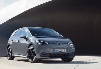 VW ID.3 klopt Tesla Model 3 en haalt Golf in #1