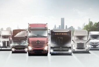 Daimler wordt Mercedes en splitst auto's en vrachtwagens #1