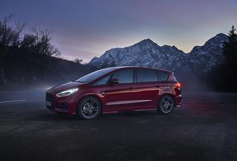 Ford S-Max Hybrid (2021) #1