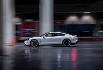 Porsche Taycan pakt indoor snelheidsrecord #1