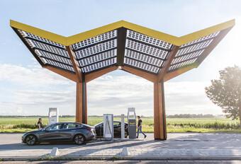 Franse snelwegen krijgen laadstation bij elk tankstation #1