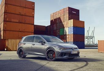 Volkswagen Golf GTI Clubsport 45 gaat sneller dan 250 km/u #1