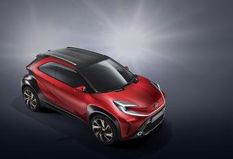 Toyota Aygo wordt SUV voor de stad - update: spyshot #1