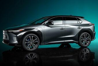 Toyota bZ4X wordt eerste batterij-elektrische wagen van Toyota #1