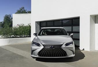 Fijnzinnige facelift voor Lexus ES #1