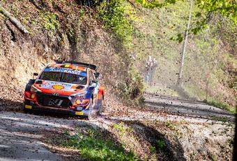 Neuville opnieuw derde na spannende secondenstrijd in Rally van Kroatië #1