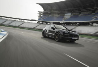 Porsche Cayenne Turbo Plus Coupe 2021