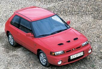 Throwback: Mazda 323 (1989-1994) #1