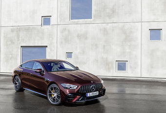 Mercedes-AMG GT 4-Door krijgt nieuw stuur #1