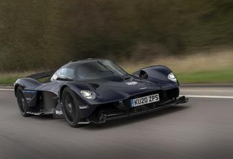 Aston Martin Valkyrie 2021