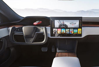 Tesla Model S Yoke steering wheel