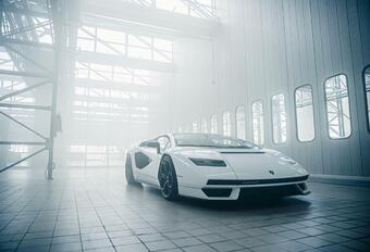 Lamborghini Countach LP800-4