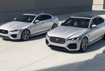 Jaguar XE & XF R-Dynamic Black 2022