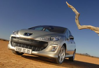 Peugeot 308 1.6 HDi 110 ch #1