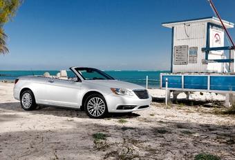 Chrysler 200 C #1
