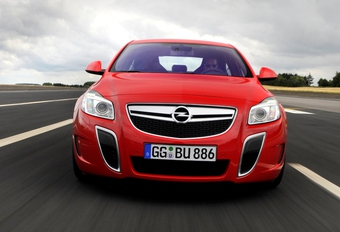 Opel Insignia OPC « Unlimited » #1