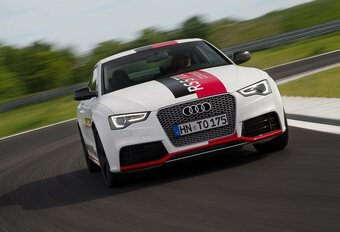 Audi RS5 TDI Concept à compresseur électrique #1