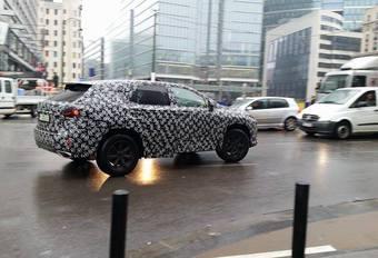 SUV-prototype van Lexus betrapt in het centrum van Brussel #1