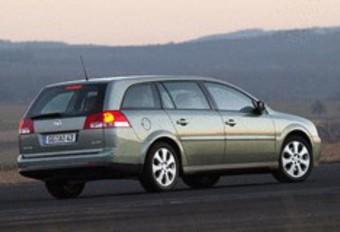 Opel Vectra Break 2.0 T & 3.2 V6 #1