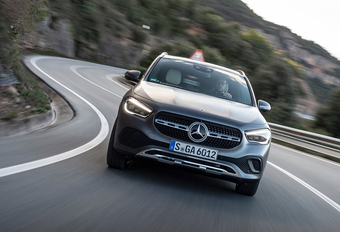 Mercedes GLA 200d 4Matic (2020) #1